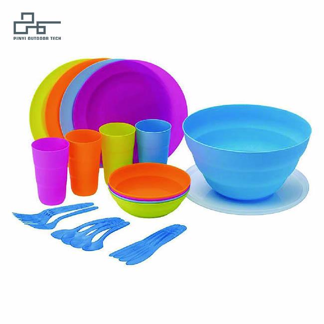 4 People Tableware Set