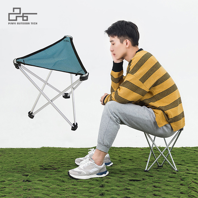 Light Weight Triangle Stool S/L